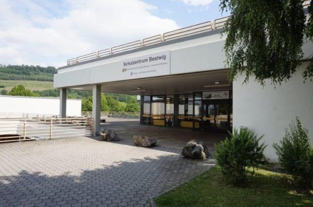 Eingang Bildungsakademie