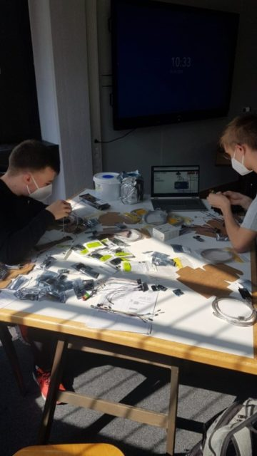 PTs bauen Meßgeräte 1